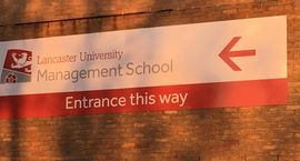 Lancaster University: Wer an der ESB Business School den deutsch-englischen Link des Bachelor International Management Double Degree studiert, hat die Chance, zwei Jahre an der top-gerankten britischen Universität zu verbringen.